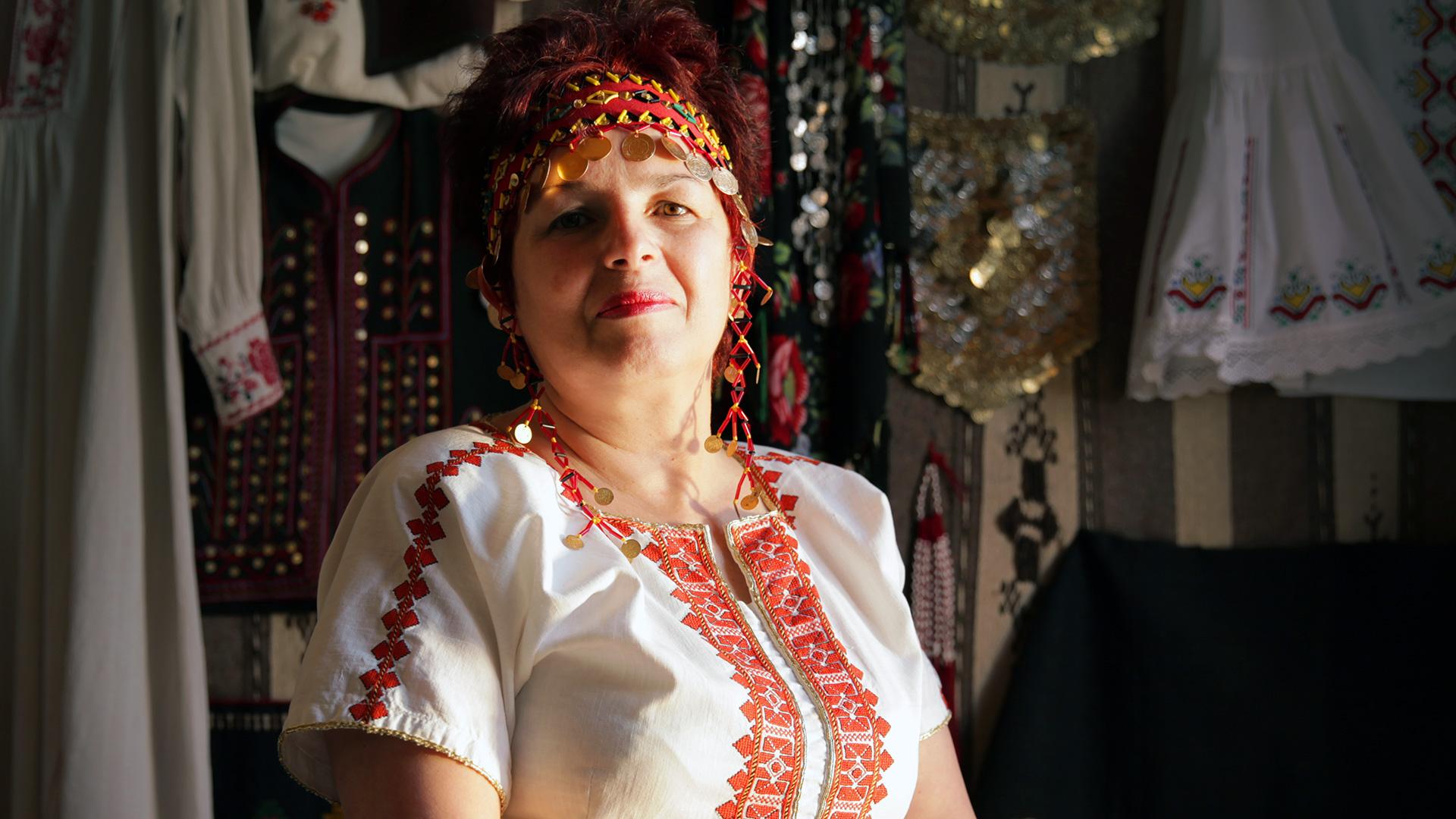 За Балкана и хората – Райна Ганчева, майсторка на носии